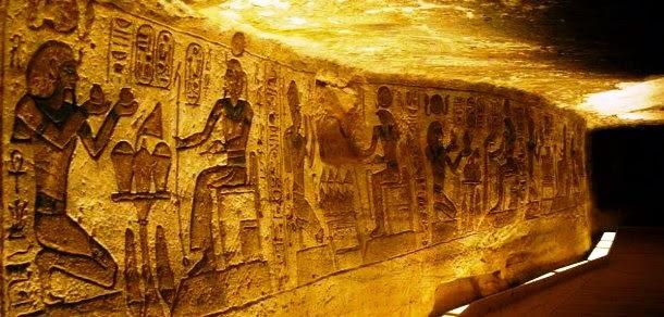 Resultado de imagen de piramides egipto interior