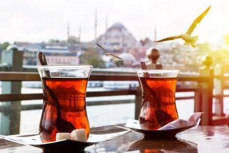 Teh Turki, Minuman Nasional Negara Turki Yang Membuat Saya Bagaikan Menjadi Orang Turki Hehe