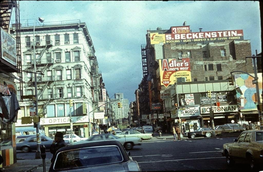 50 Amazing Color Photographs Capture Street Scenes Of New