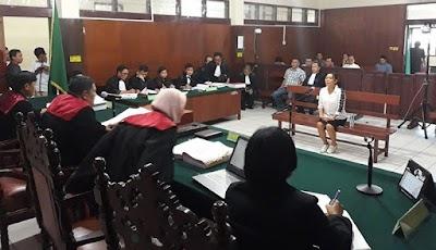 Kasus Pemecah Ombak, Kambey Mengaku Sering Diminta Bayar Tunai
