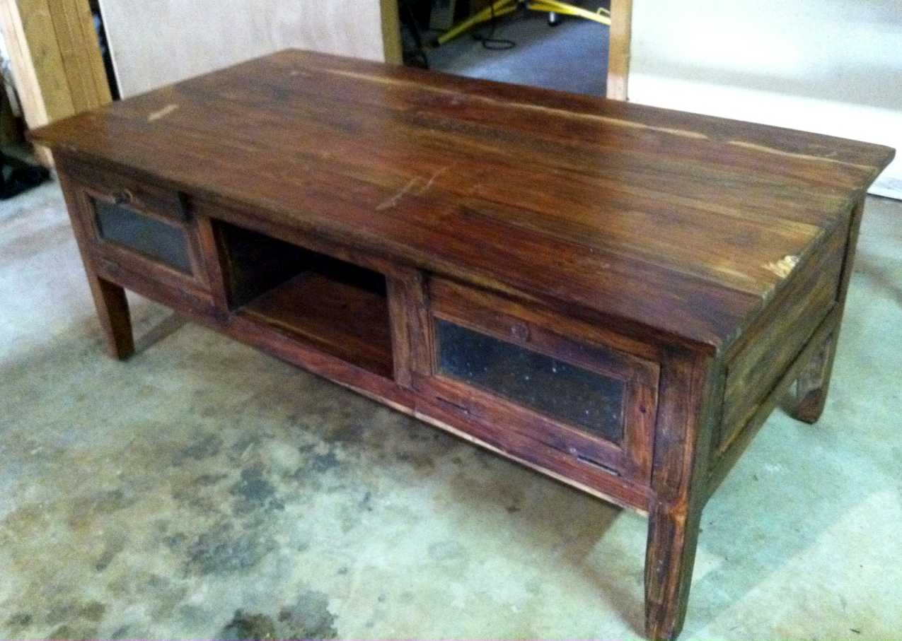 The Murphy's: Refinishing the Coffee Table: Part I