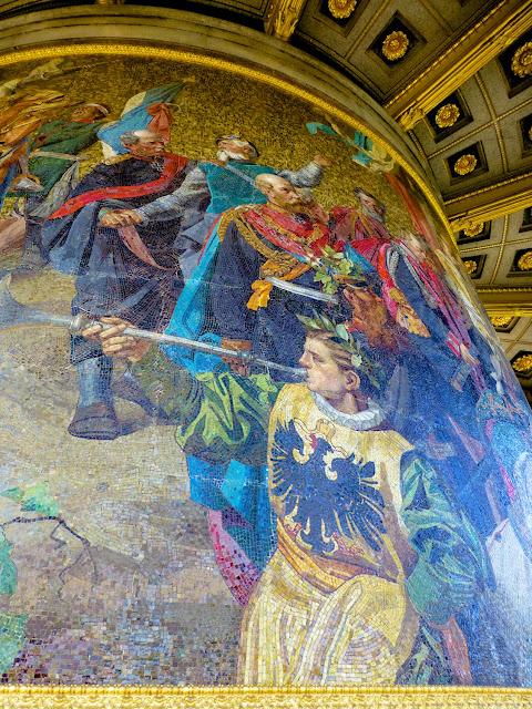 Decoración de mosaicos de la base de la Siegessaule