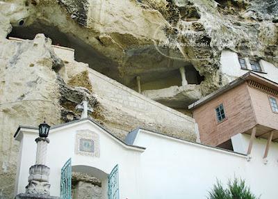 пещерный монастырь, успенский монастырь бахчисарай, бахчисарай свято успенский