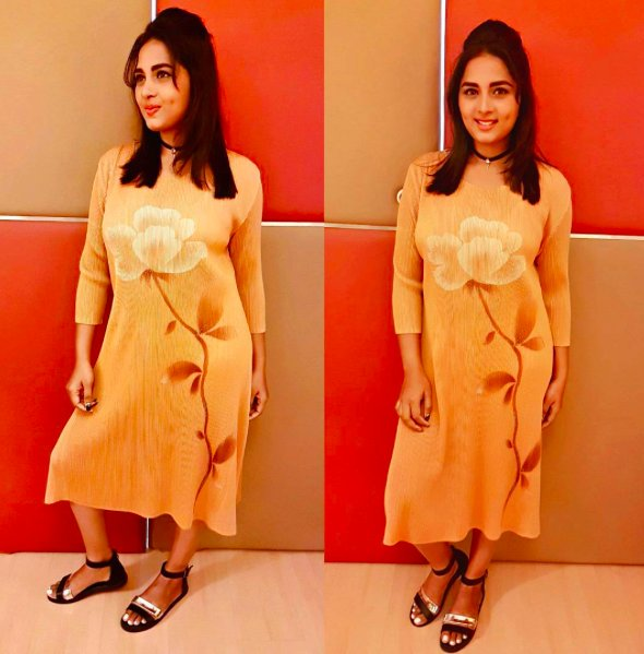 Srushti Dange photos in Hot boobs stills