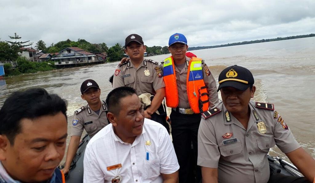 Curah Hujan Tinggi, Kapolsek Monitor Wilayah Rawan Banjir