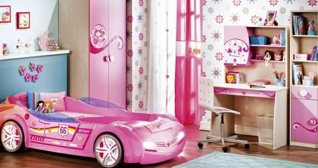 habitación para niña coche