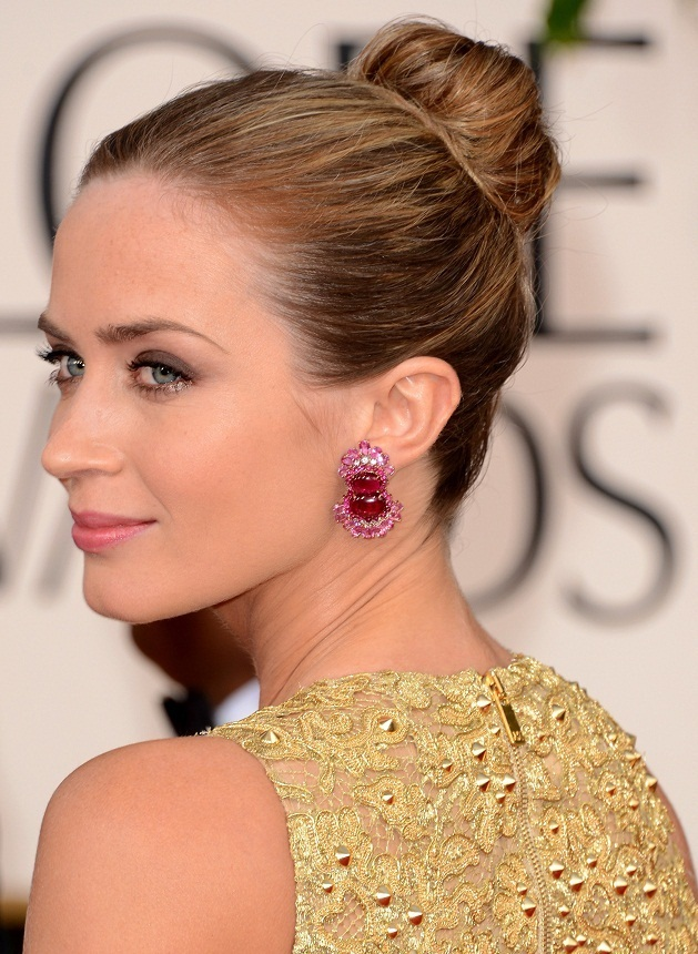 Emily Blunt - Celebrity Earrings Trend 2013