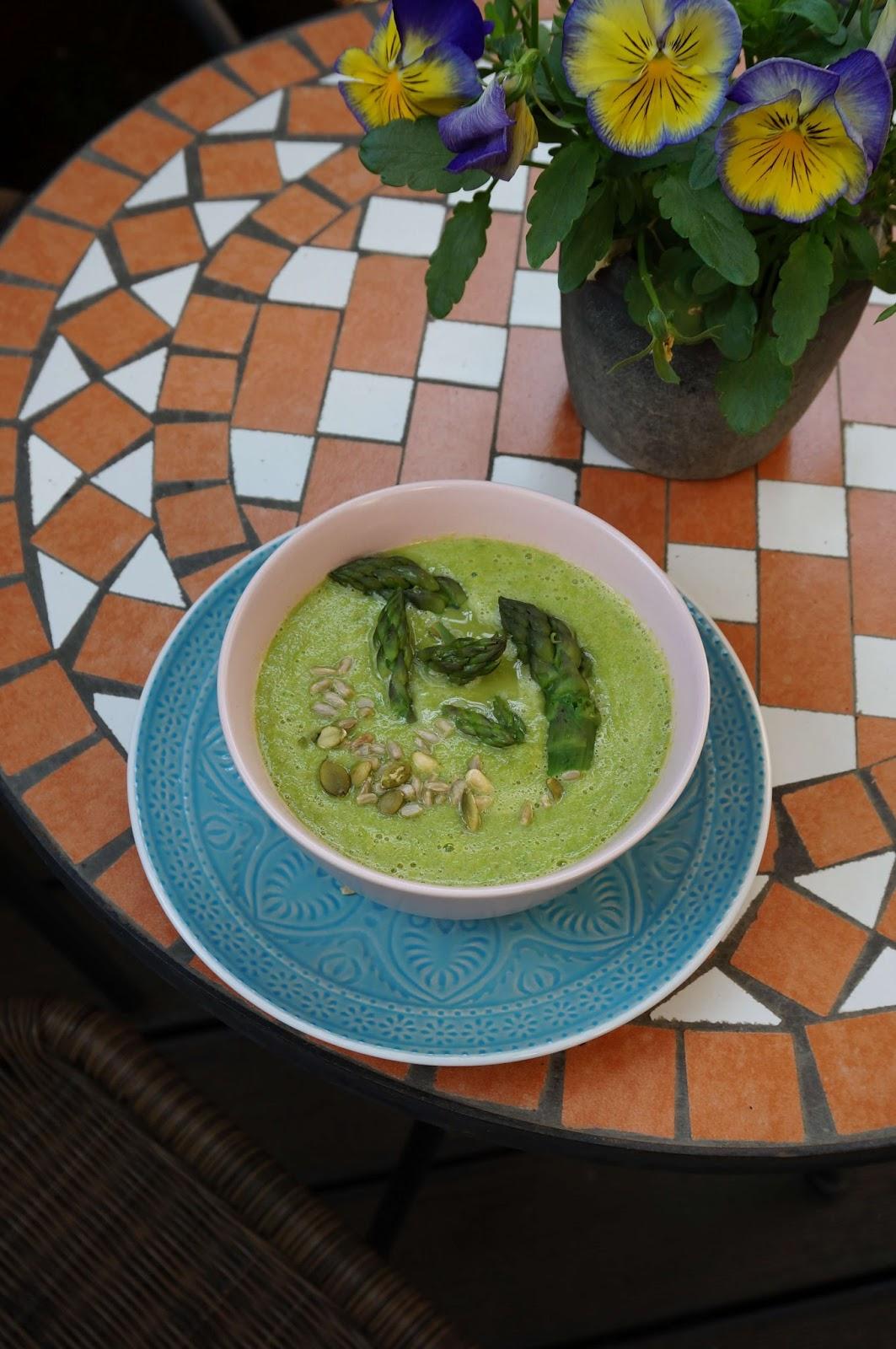 Zupa-krem z zielonych szparagów