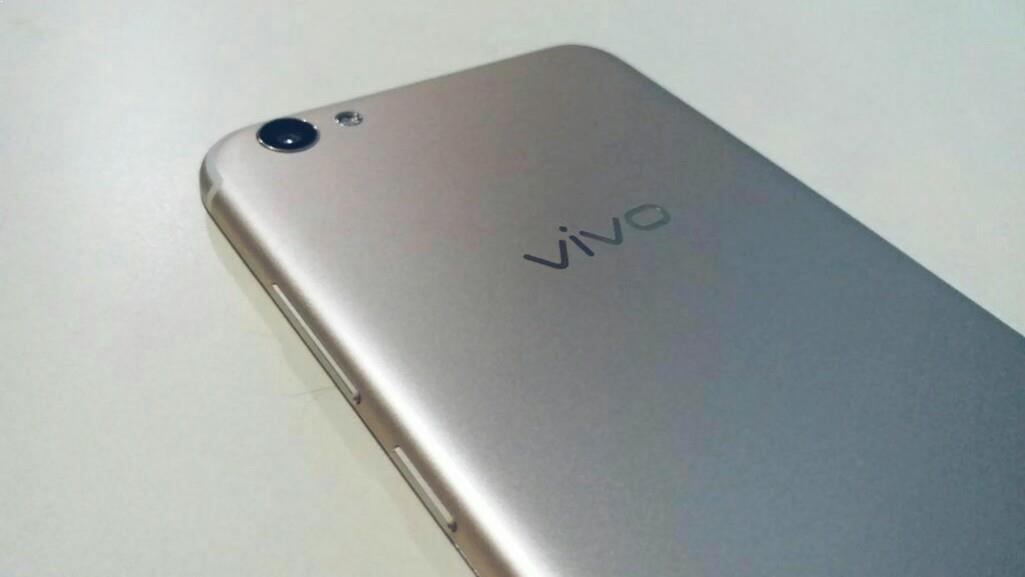 Spesifikasi vivo v5 s