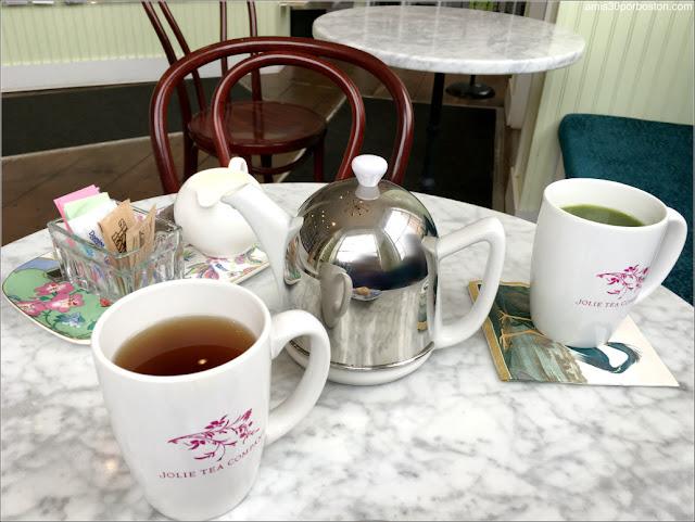 Ruta Gastronómica por Salem: Té en Jolie Tea Company