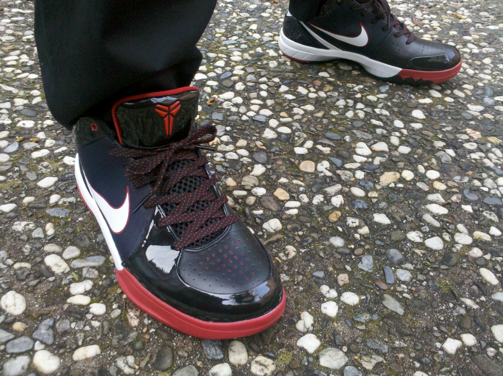 fa848f6e2bd KickItFresh Sneaker Photo Blog  A LOOK BACK - ZOOM KOBE IV