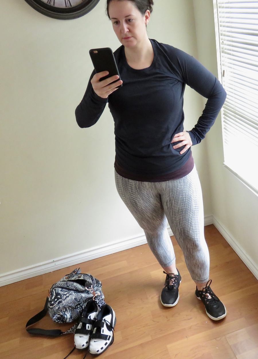 Lululemon try ons of the Arrow Jacquard Wunder Under Crops and the Going Places Hooded Jacket
