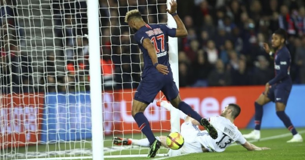 LIGUE 1 : PSG'S CHOUPO-MOTING SHOCK MISS - - 'THE WORST MISS OF ALL TIME' ? - Sports | Sports 24 | Sports News