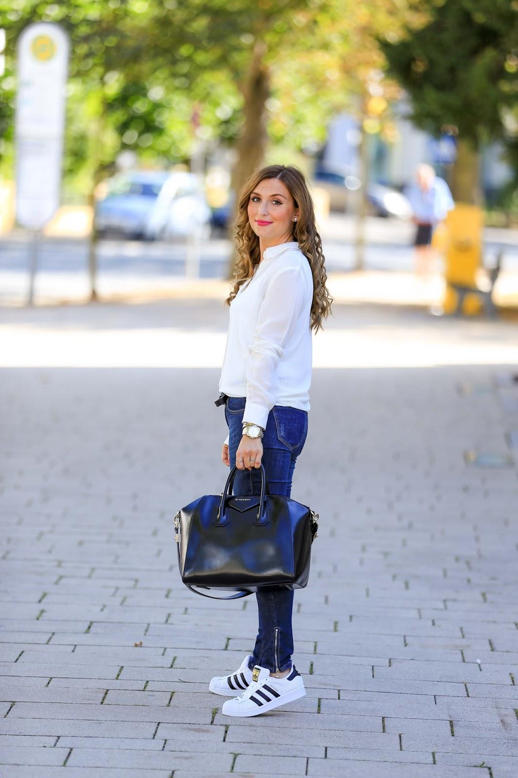 Fashionstylebyjohanna-Blogger-Fashionblog-Outfit-Modeblog-München-deutsche-Fashionblogger-Influencer-rosa-GivenchytascheiPhone