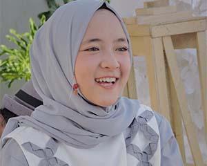 Nissa Sabyan Senyum