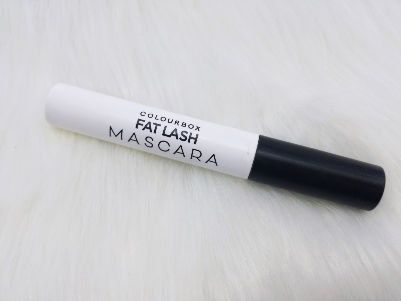 oriflame-colourbox-fat-lash-mascara-review