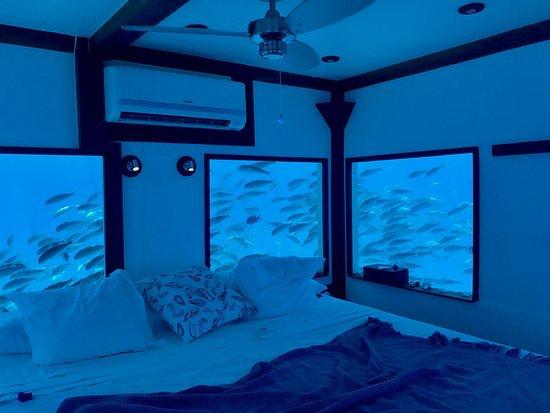 Manta Resort, zanzibar, Podwodny hotel, Hotele, hotel na dnie jeziora, hotel na morzu, hotel na wodzie, Zanzibar,
