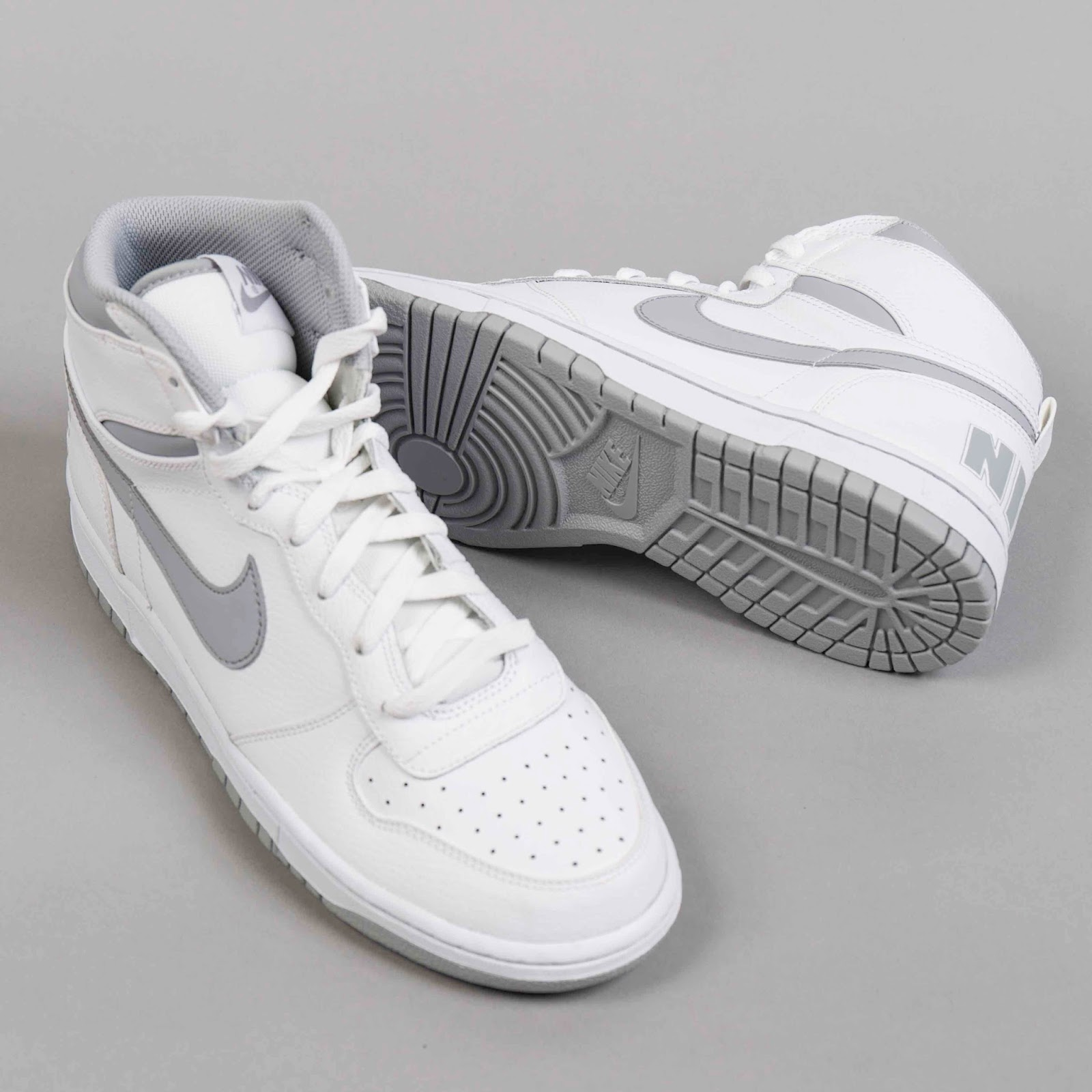 online store fac79 c6e8f In 2009 Nike resurrected the Big Nike High silhouette but with similar high-top  shapes such as the Terminator and the Dunk still thriving the silhouette  was ...