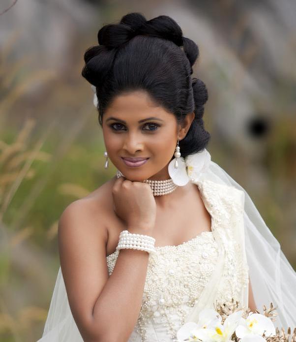 Sri Lankan Actress Wedding Photos 2013
