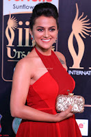 Sraddha in Sleeveless Red Gown at IIFA Utsavam Awards 2017  Day 2  HD Exclusive 06.JPG