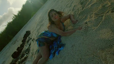 Zareen Khan Sexy Photo In Aksar 2 Movie