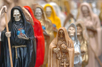 Santa Muerte: Origen e Historia, Rituales y Simbolismos