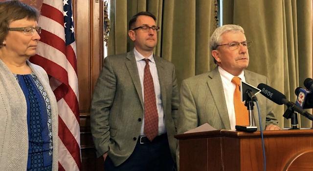 Iowa's longest-serving Republican lawmaker says he's becoming a Democrat because of Trump