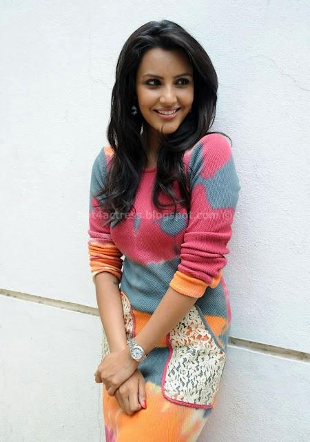 Priya anand new cute stills