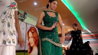 Punjabi Girl Stage Dance On Wedding Video Online