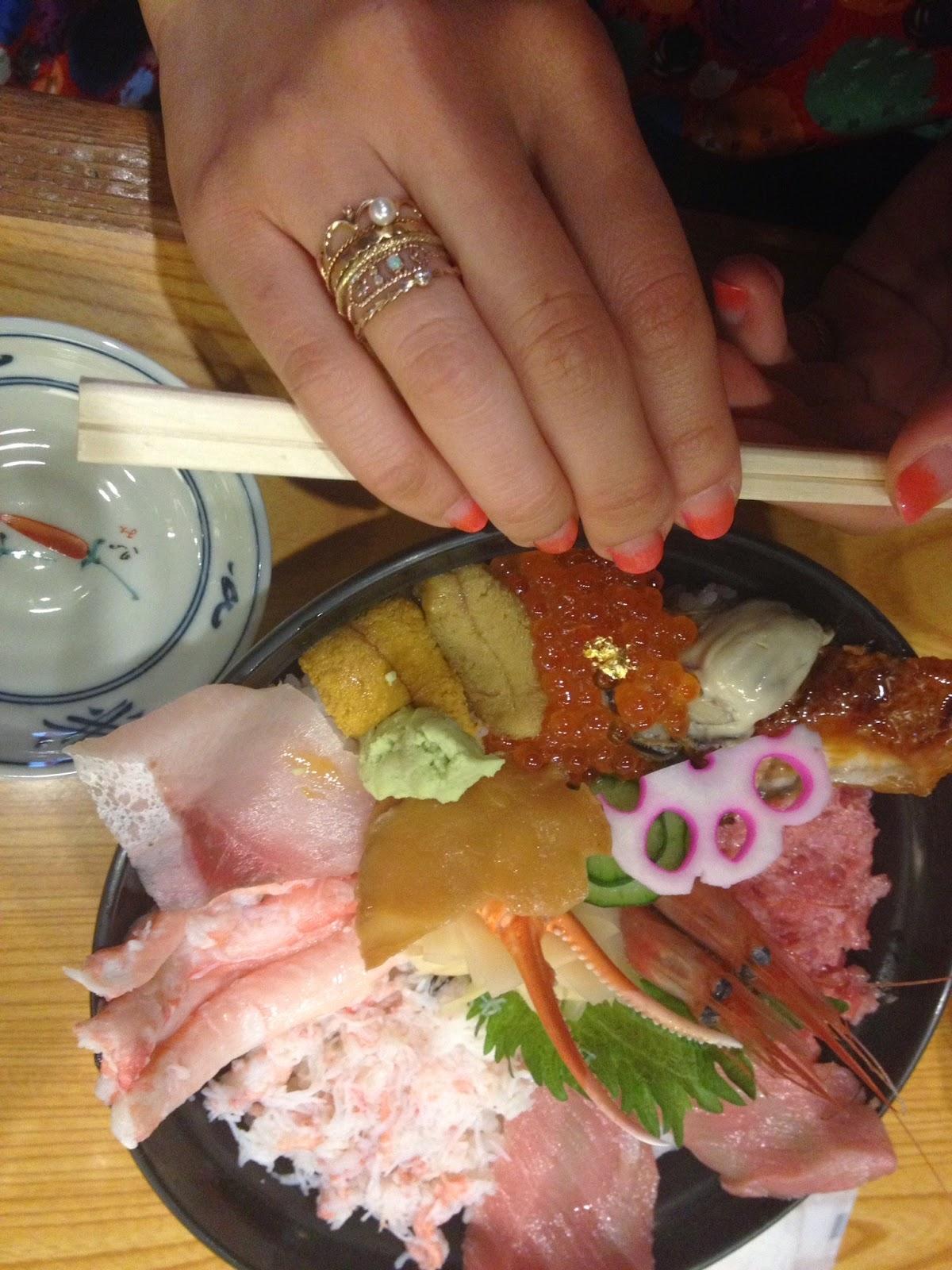 海鮮丼とリングのレイヤード
