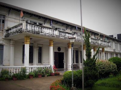 Objek wisata sejarah Museum Polisi Laos