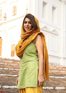 Hansika Motwani Looks super cute in movie Mande Suryudu 009.jpg