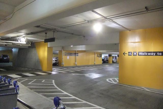 sfo-parking サンフランシスコ国際空港駐車場
