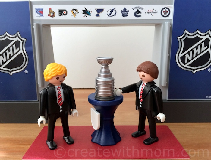 Create with mom win your own playmobil nhl prize pack Table playmobil