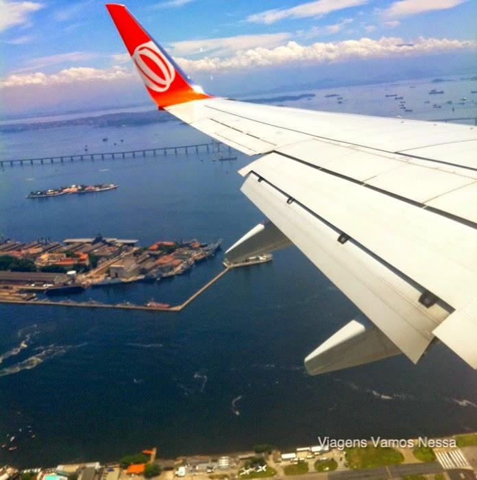 Avião chegando no Aeroporto Santos Dumont
