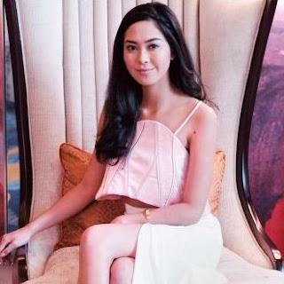 Kumpulan Foto Cantik Maria Rahajeng