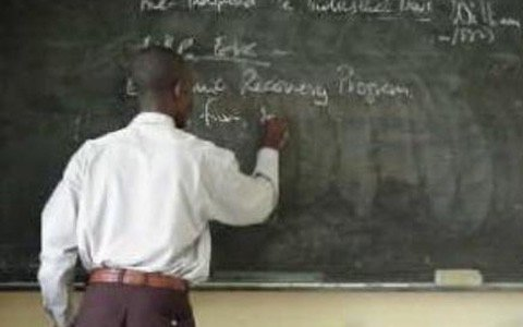 Gov't releases GHȻ14m to pay teachers' arrears