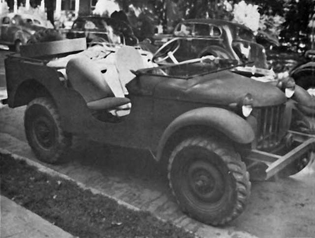 30 September 1940 worldwartwo.filminspector.com  Bantam jeep Blitz Buggy