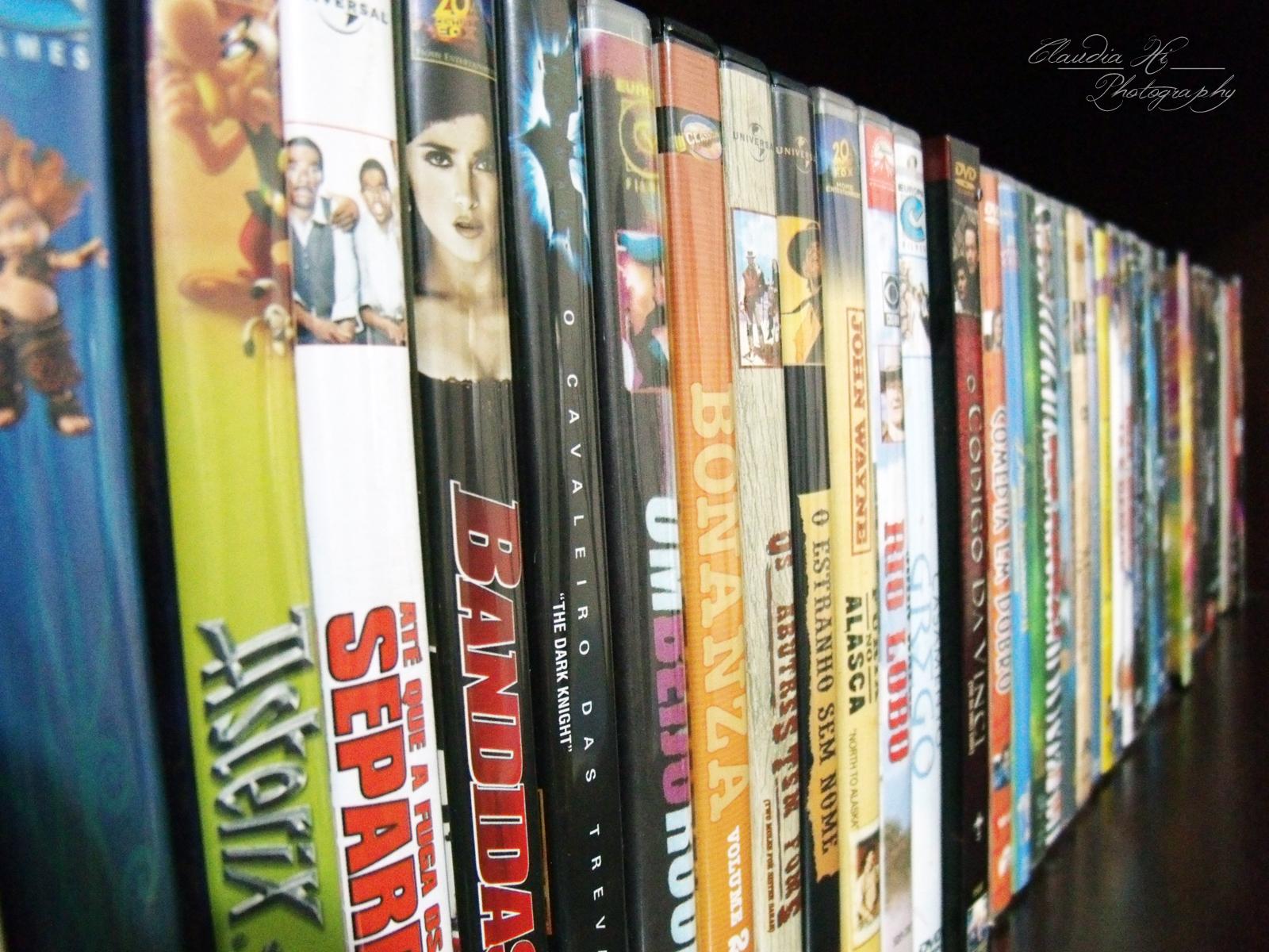 Coleção de dvd's, prateleira de dvd