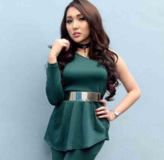 Lucinta luna wants to be like julia perez celebrity news lucinta luna wants to be like julia perez reheart Images