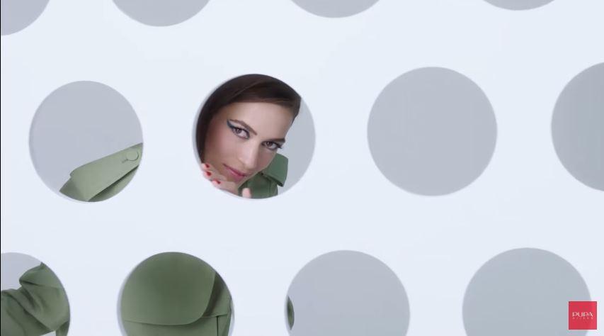 Modella PUPA Milano pubblicità IL FILM DI NATALE DI PUPA con Foto - Testimonial Spot Pubblicitario PUPA Milano 2016