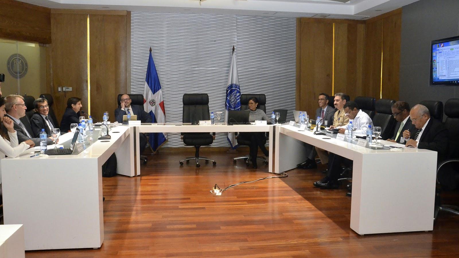 Gobierno y BID evalúan proyectos Agroforestales; rinden informe favorable
