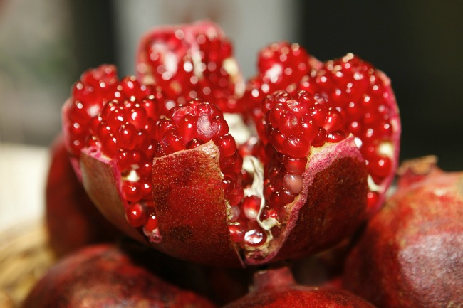 pomegranate-open-showing-seeds-inside