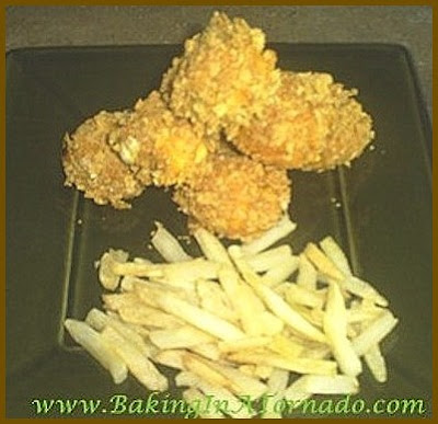 Buffalo Chicken Nuggets | www.BakingInATornado.com | #recipe