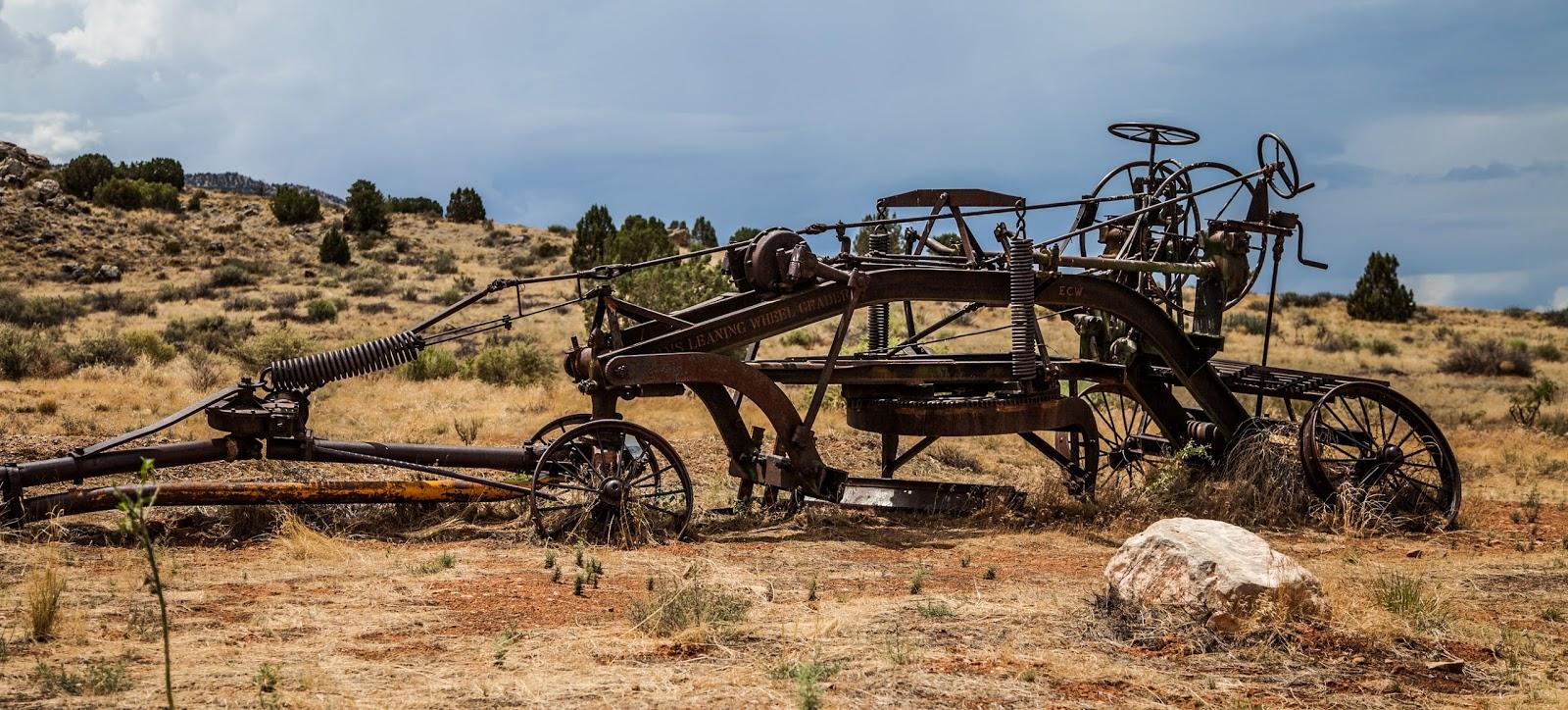 Walking Arizona: The Old Caterpillar Road Grader