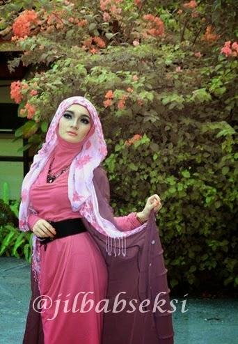 foto ngentot memek  bugil mesum Foto Jilbab Menggoda