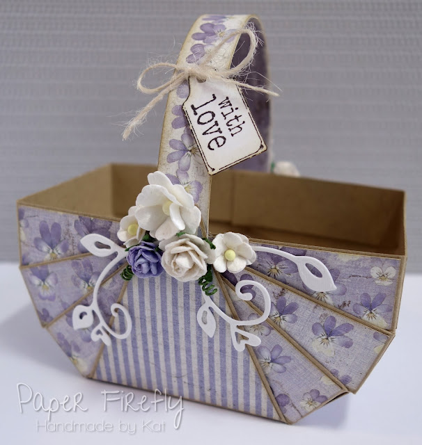 Folded gift baskets
