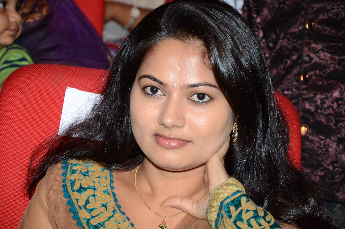 Telugu Tv Actress Suhasini Face Closeup Stills