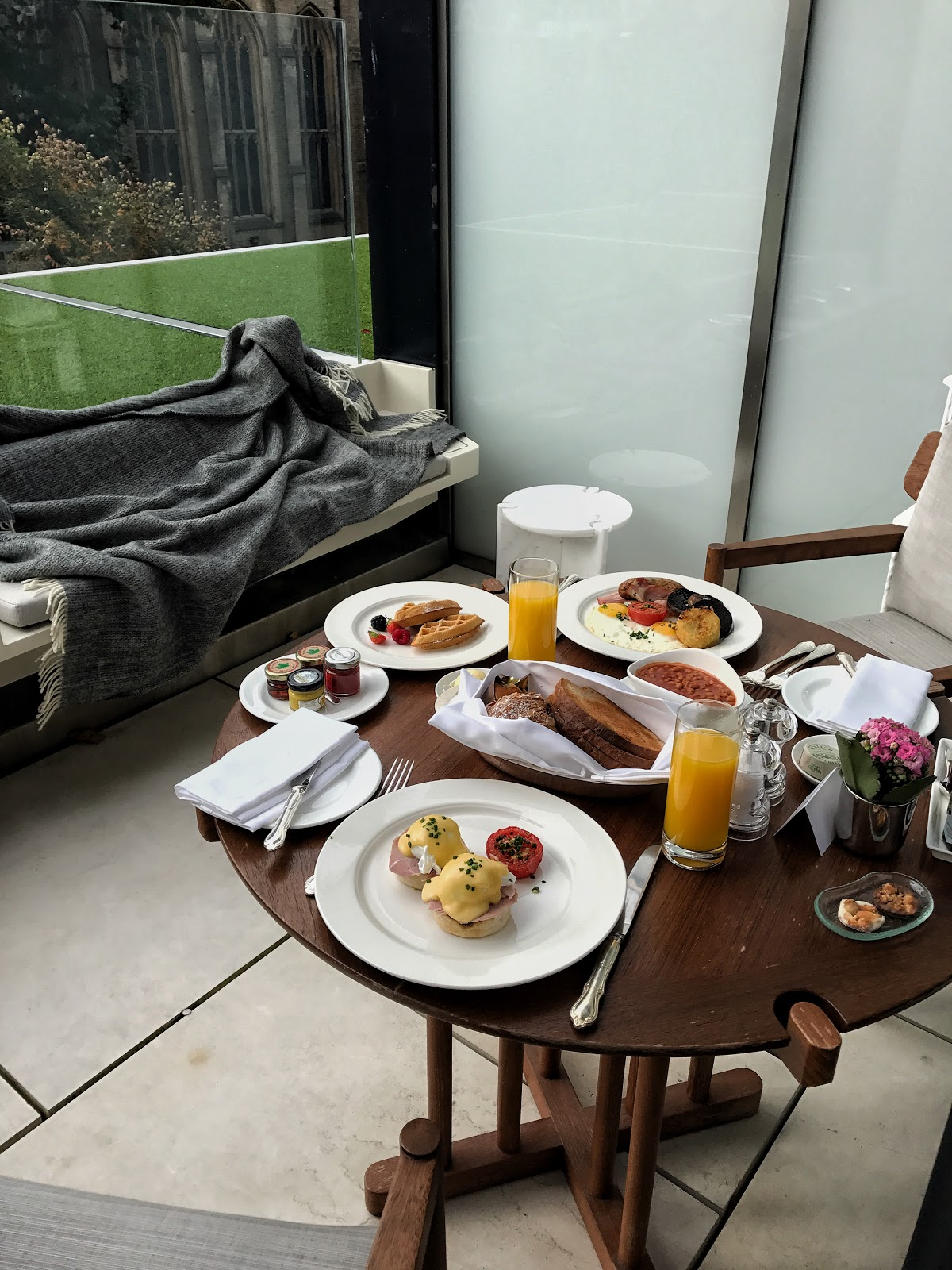 A Suite At The Berkeley | Five Star Luxury Hotel in Knightsbridge