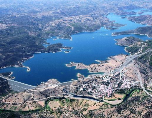 Vista aérea da Barragem de Odeleite
